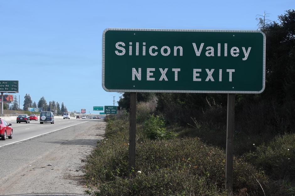 Why startups are rushing towards Silicon Valley?